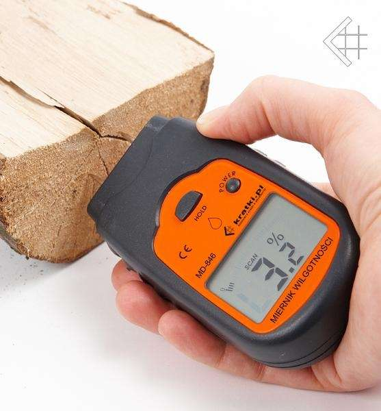 Kratki vlhkoměr na dřevo